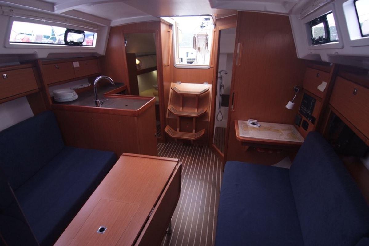 Bavaria Cruiser 33 (5)