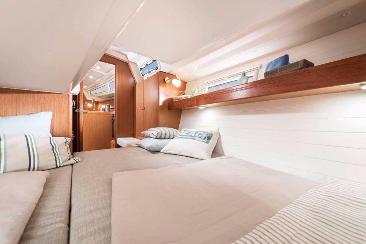 Bavaria Cruiser 34 (9)