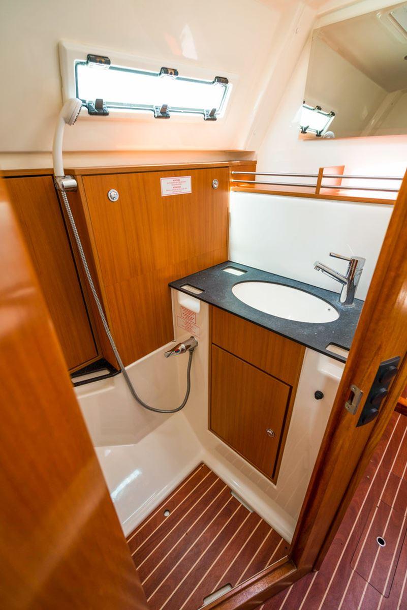 Bavaria Cruiser 36 (1)