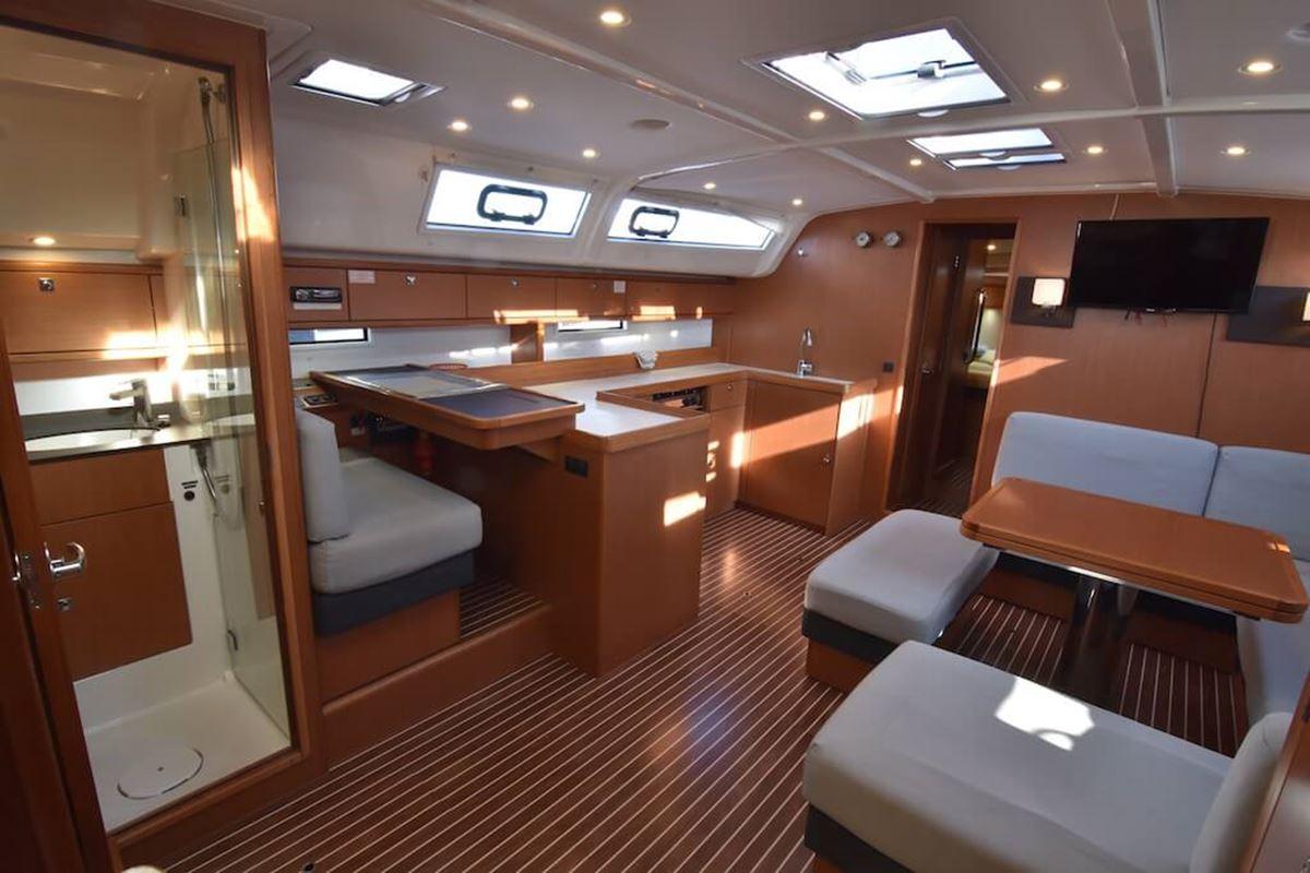 Bavaria Cruiser 51 (12)