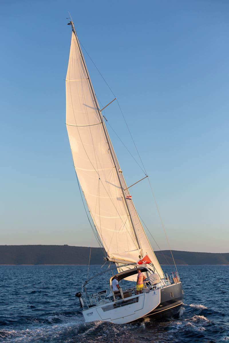 Beneteau Oceanis 55 (14)