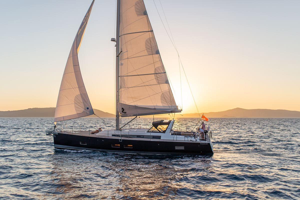 Beneteau Oceanis 55 (15)