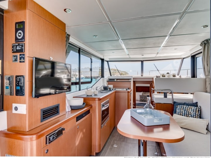 Beneteau Swift Trawler 30 (10)