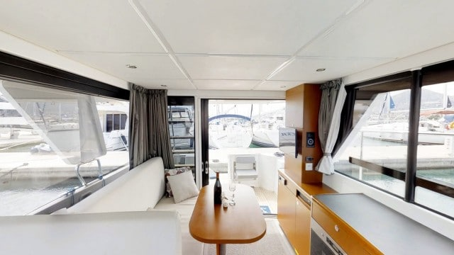 Beneteau Swift Trawler 30 (2)