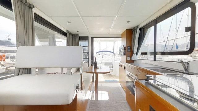 Beneteau Swift Trawler 30 (3)
