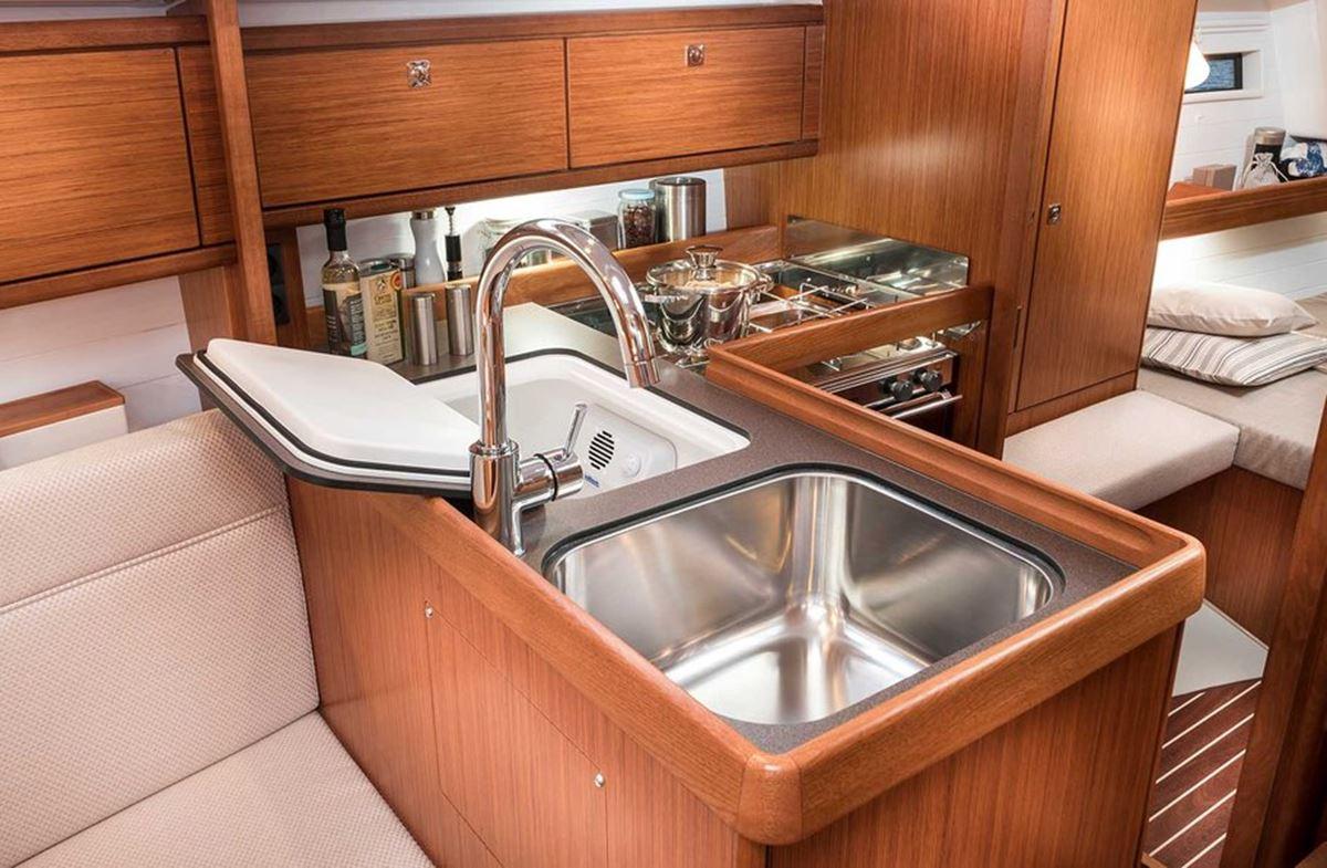 Bavaria Cruiser 34 (11)