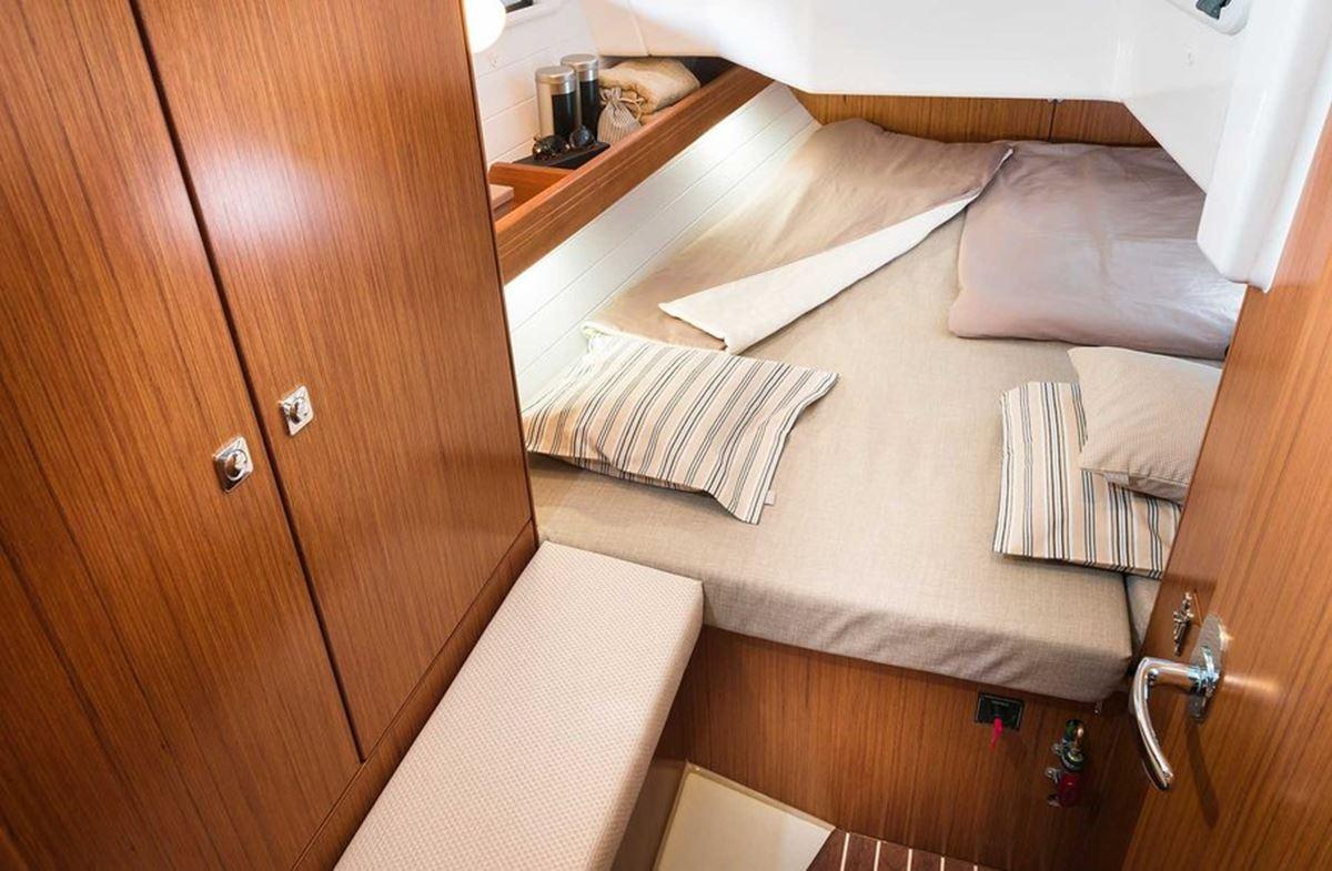 Bavaria Cruiser 34 (7)
