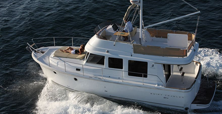 Swift Trawler 34 Fly (4)