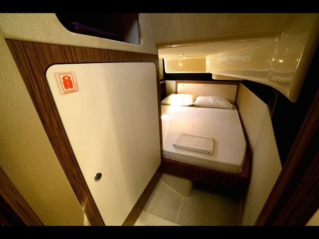Azimut Magellano 43 Flybridge (13)