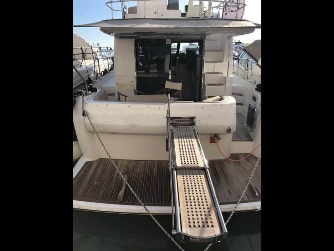 Azimut Magellano 43 Flybridge (19)