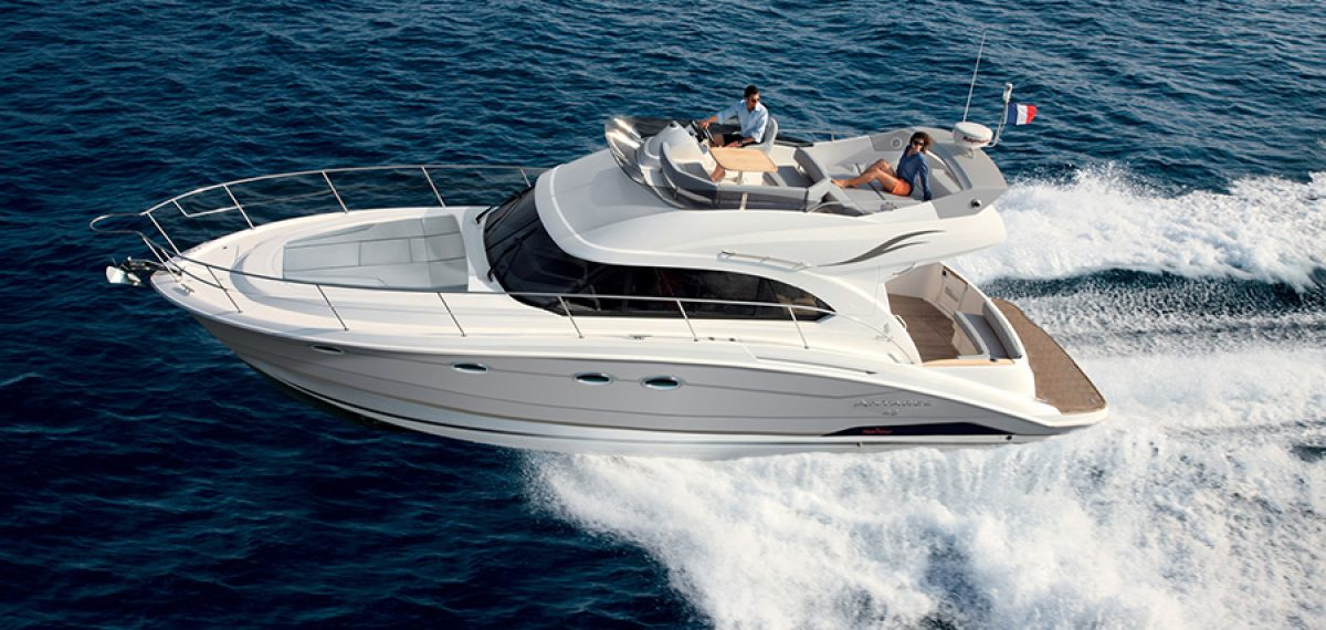 BENETEAU ANTARES 42 FLY