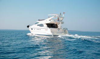 Yachts 590